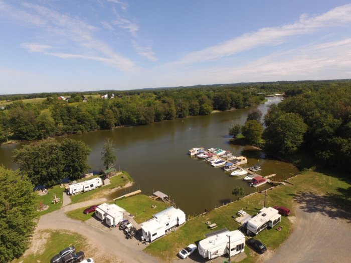 Arial photograph of marina found at Riverforest Park Campground, Restaurant & Marina in Weedsport, NY